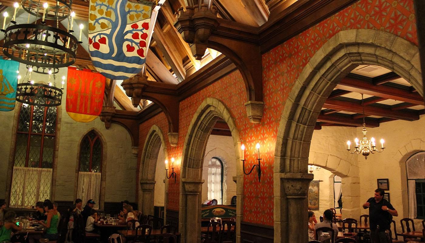 A parte de dentro do Akershus Royal Banquet Hall. Foto: Divulgação/Mouse Dining